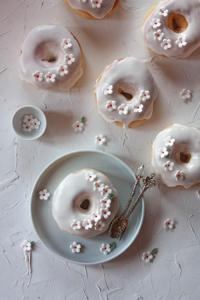 Pieczone donuty z jabłkiem
