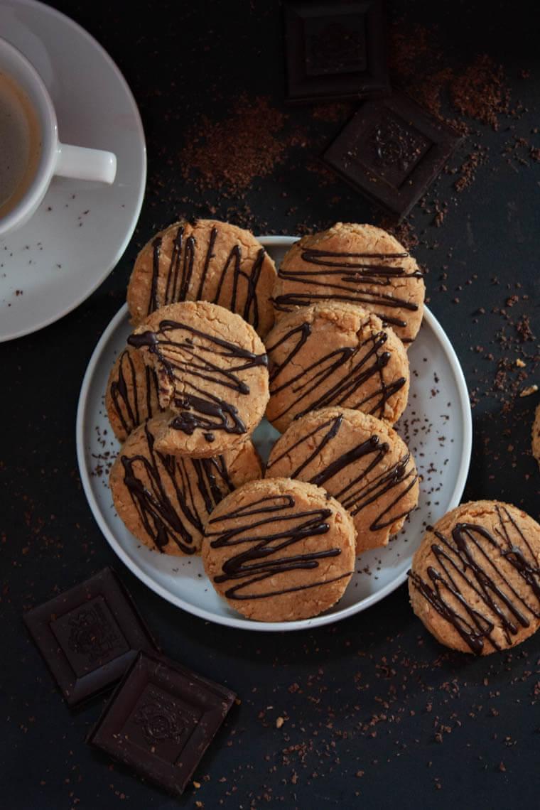 Ciasteczka orzechowo-owsiane