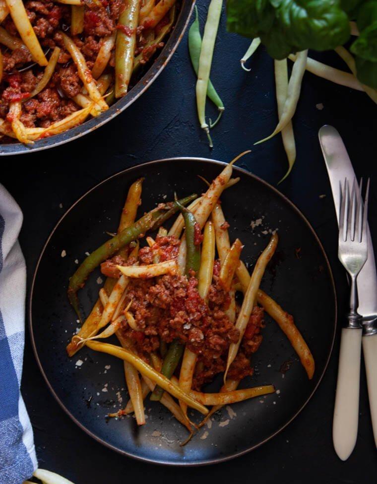Fasolka szparagowa z sosem bolognese